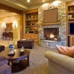 интерьер гостинной с камином фото